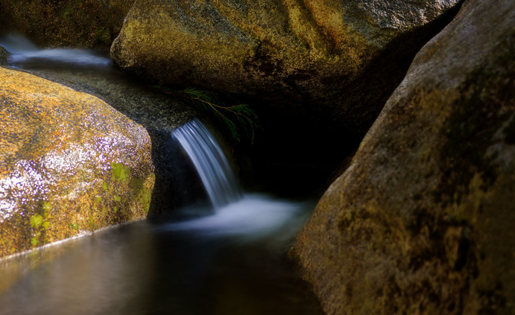 Photo of a waterfall in the Merced River at Yosemite National Park, California, by visionbypixels.com